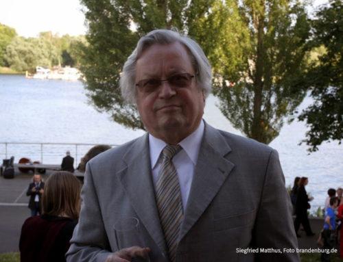 Hochachtung und Bewunderung: Woidke gratuliert Siegfried Matthus zum 85. Geburtstag