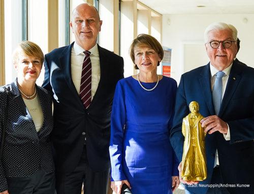 Brandenburg ehrt Theodor Fontane